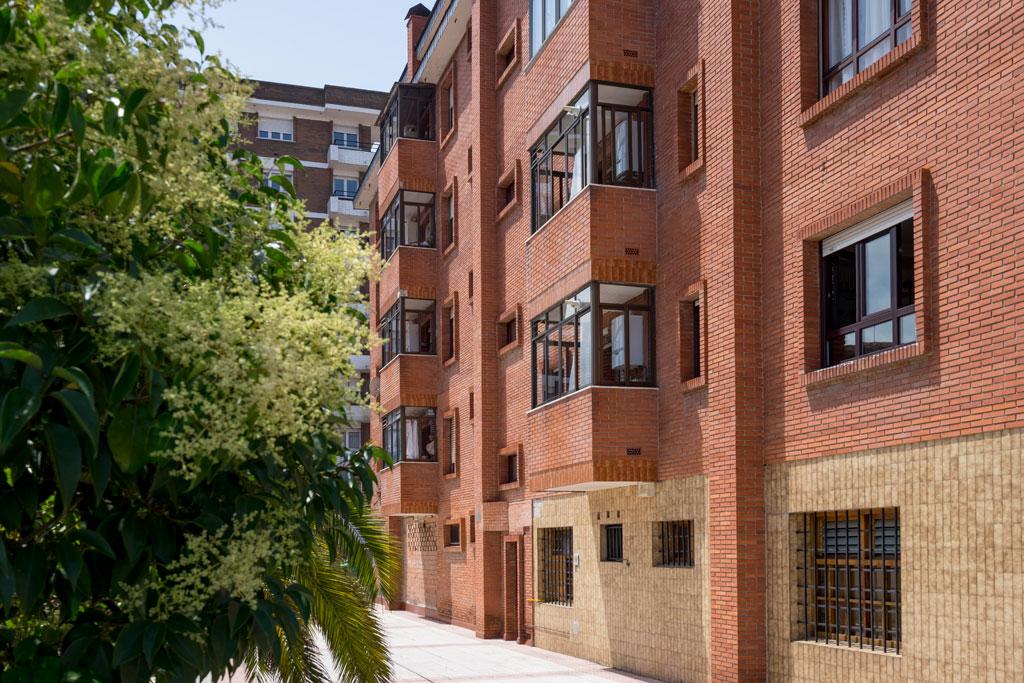 Fachada edificio Calle Usandizaga, 23